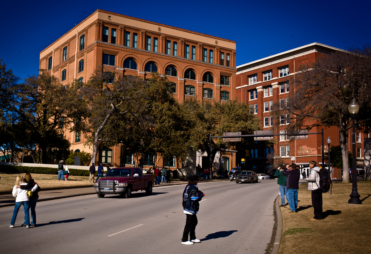 Image result for auto traffic in dealey plaza elm street dallas today